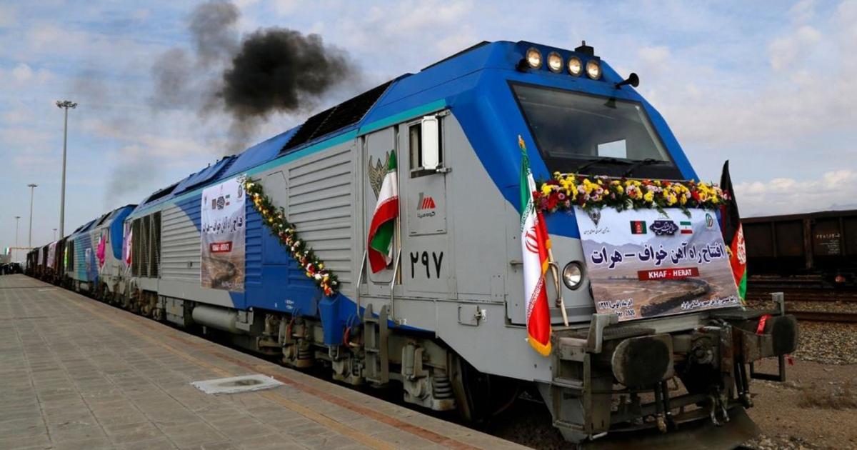 العراق يشتري أراضي تقع على مسار خط سكك الحديد المزمع إنشاؤه مع إيران