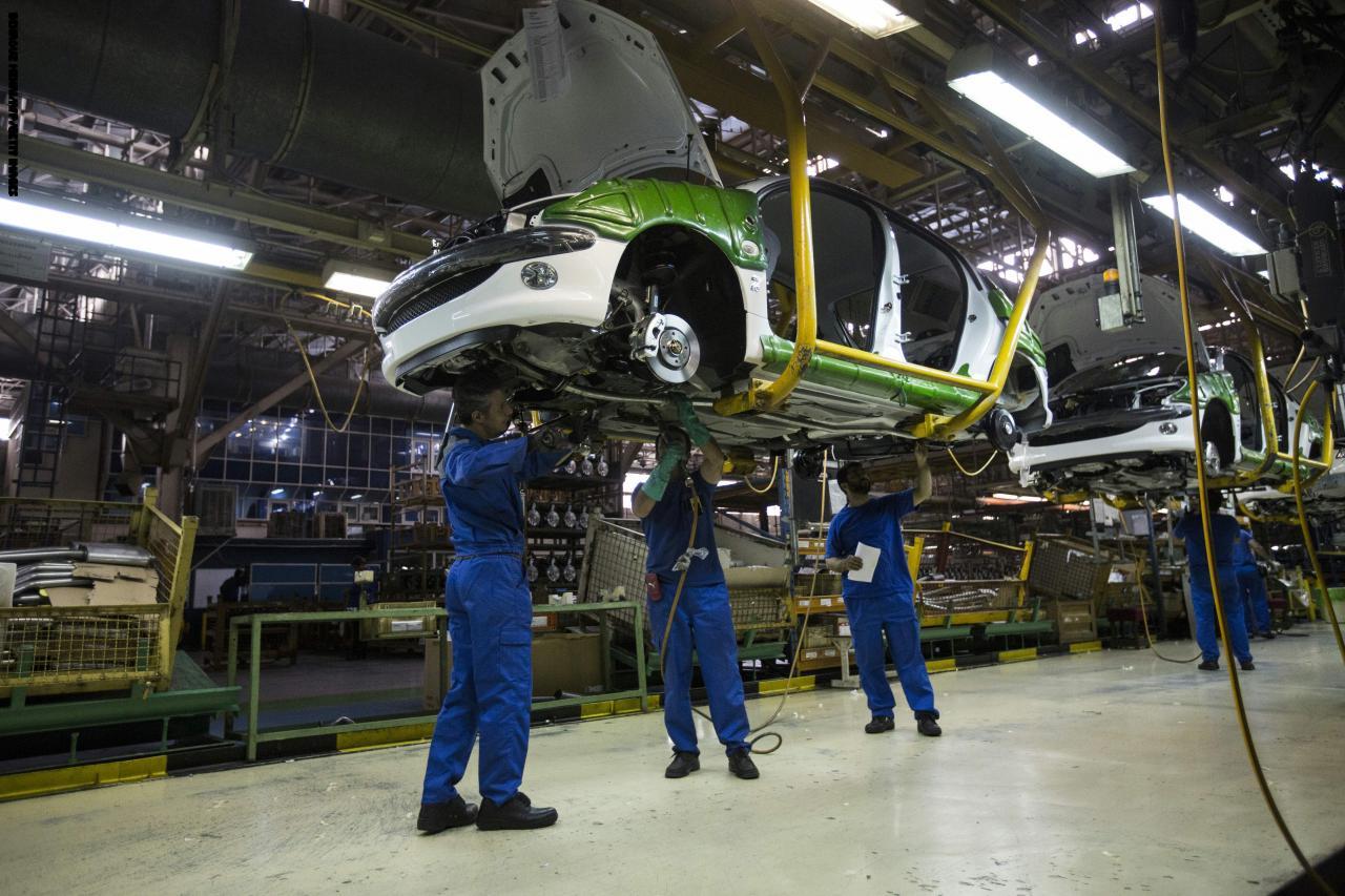 وزیر الصناعة: إيران تضاعف إنتاجها من السيارات 4 مرات بنهاية مارس 2019