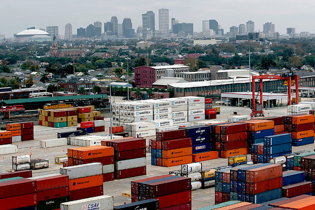 Sudden growth of Chinese exports with the gradual opening of world markets