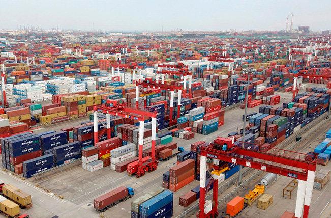 ايران تعلن تصدير بضائع الى العراق بقيمة 25 مليون دولار يومياً