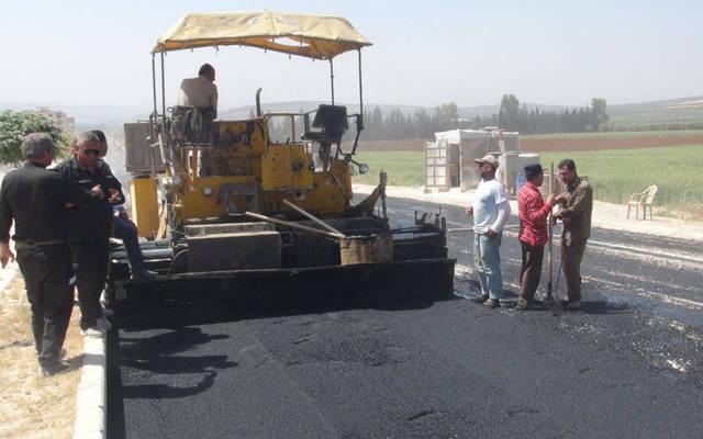 Kuwaiti works begin paving streets next April