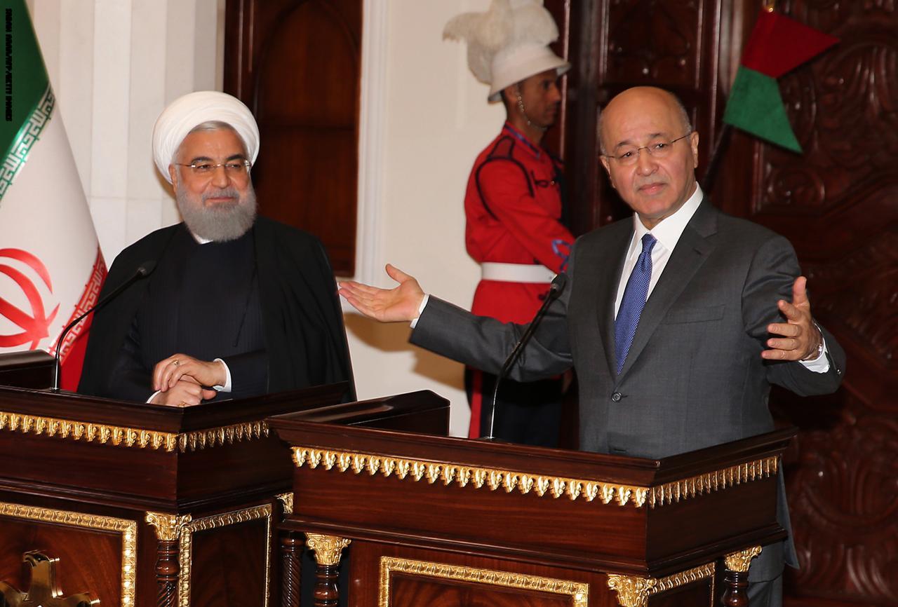 العراق وإيران توقعان اتفاقيات في قطاعي النفط والكهرباء