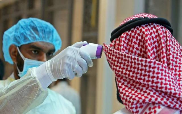 The increase in the number of coronavirus infections in Qatar to 452 cases