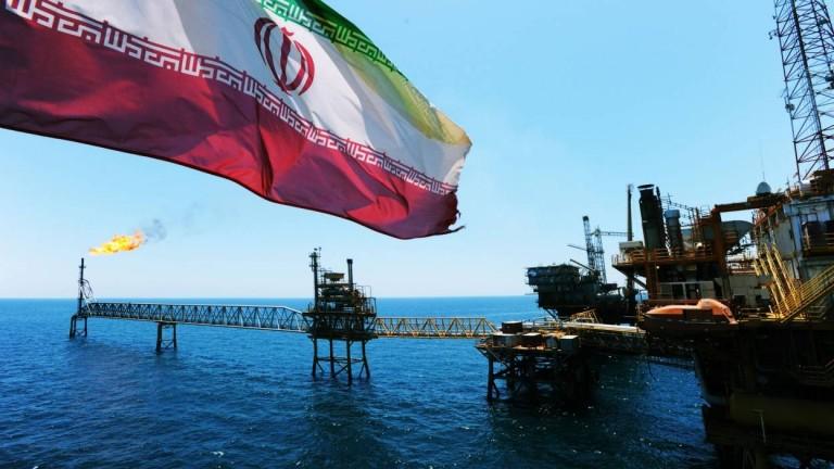 إيران تطرح مليوني برميل خام ثقيل في بورصة محلية