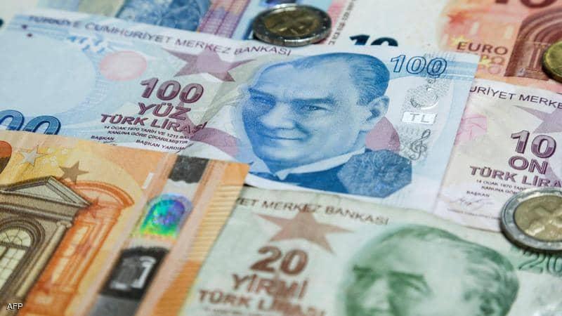 الليرة التركية تستمر في الهبوط لمستويات قياسية جديدة