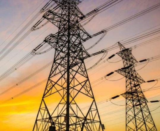 العراق يستورد 650 ميغا واط من تركيا لرفع ساعات تجهيز الكهرباء