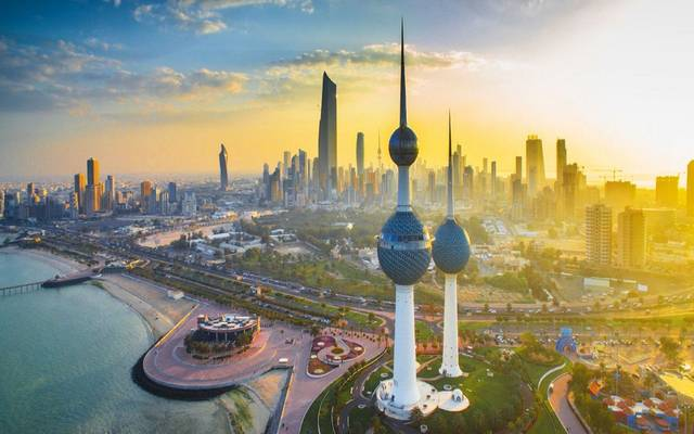 Kuwait receives hundreds of tons of Chinese medical supplies to meet
