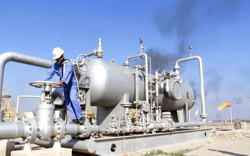 وزير: العراق لديه خطة للنهوض بالقطاع النفطي