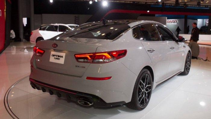 العراق يبدأ بإنتاج سيارات كورية