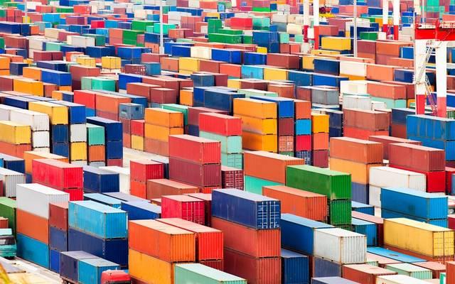 الواردات الألمانية تسجل أول انخفاض في 14 شهراً