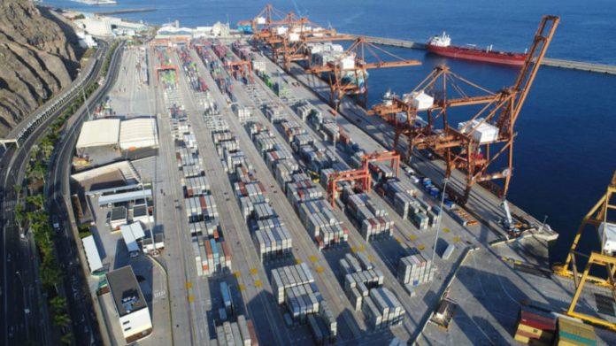 المغرب تدشن أكبر ميناء في البحر المتوسط وإفريقيا