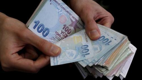 الليرة التركية تسجل اسوأ اداء منذ اكثر من شهر