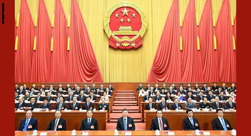 الصين تخفض أسعار الكهرباء والإنترنت وتلغي رسوم الطرق