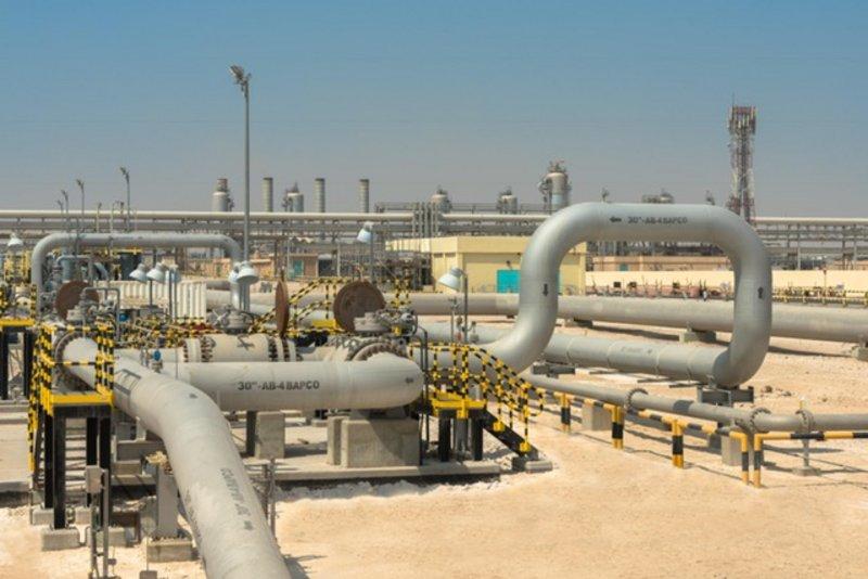 العراق يبيع 4 ملايين برميل نفط من خام البصرة بتسعيرة ثابتة