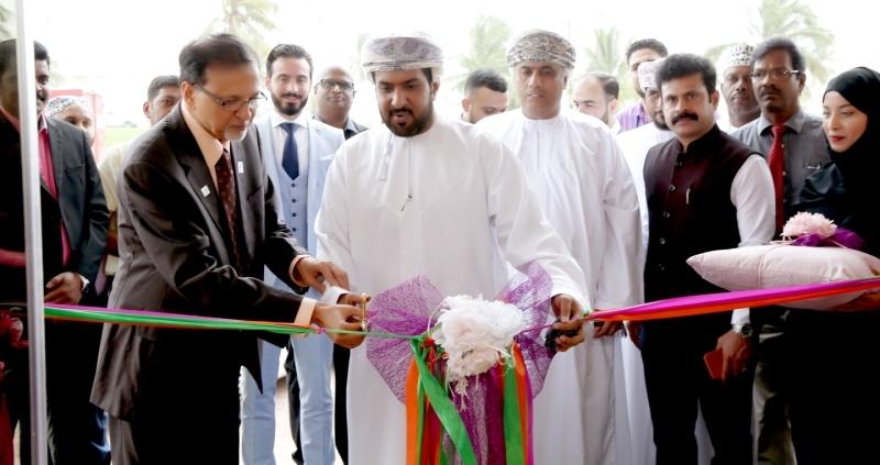«حول الإمارات» تفتتح فرعاً ثالثاً في عُمان