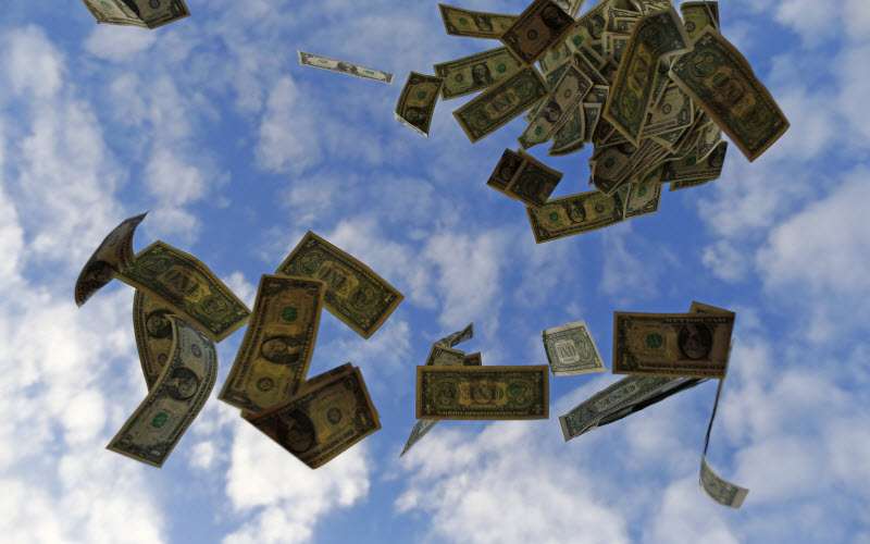 تقرير: رفع أسعار الفائدة في الولايات المتحدة يُحدث تقلبات في الأسواق العالمية