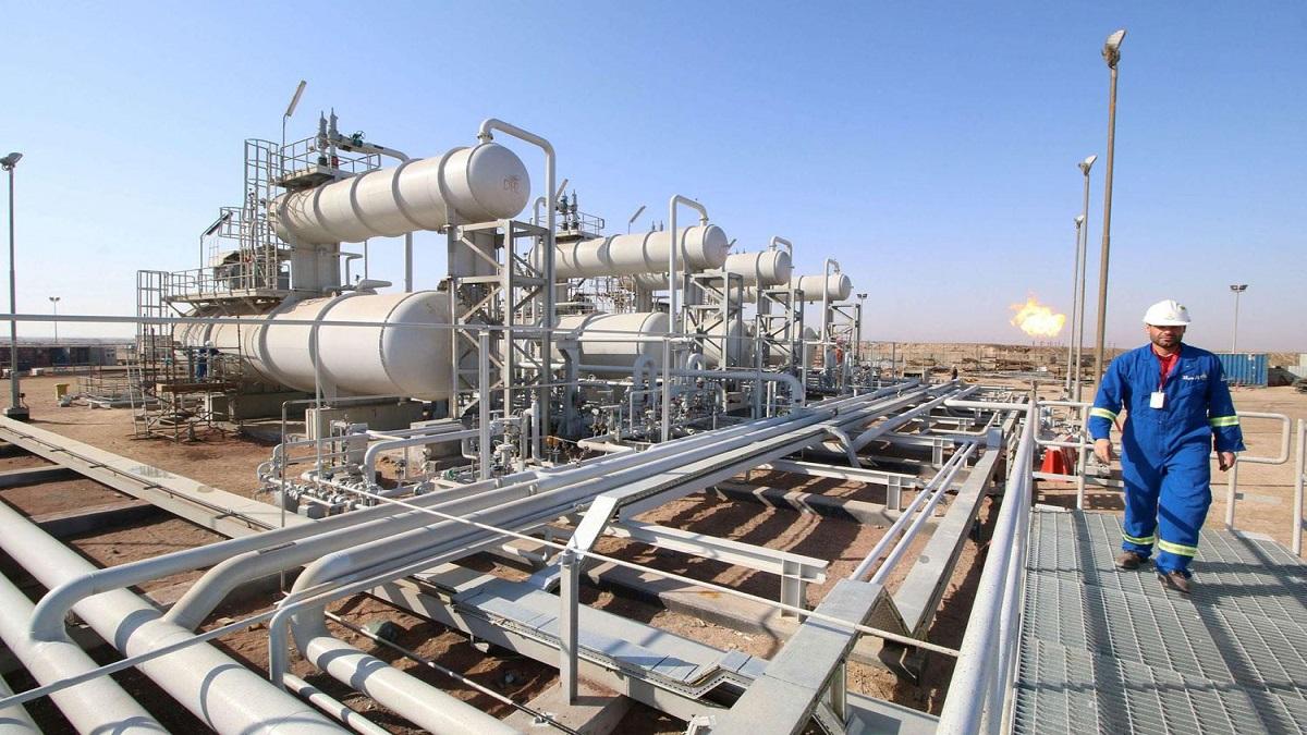 العراق يسجل انخفاضا كبيرا بمعدل الايرادات المالية للنفط في آذار