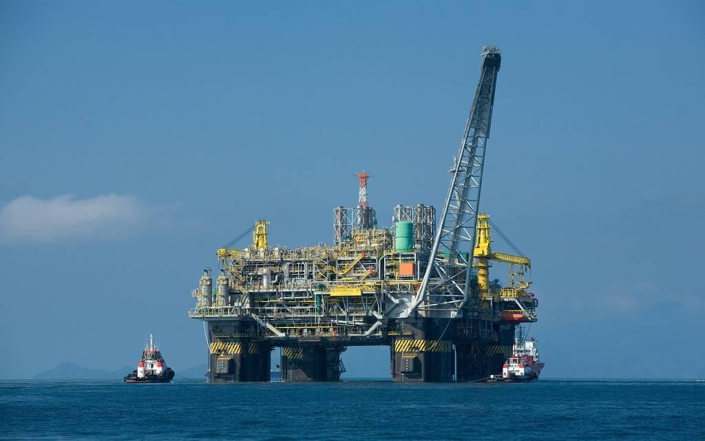 سعر برميل النفط الكويتي يرتفع هامشياً مسجلا 63.31 دولار