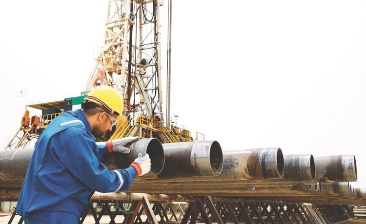 الكويت ترفع إنتاجها النفطي بـ 13 ألف برميل