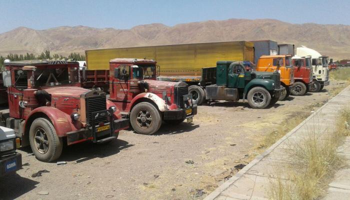 العراق يحظر استيراد 29 منتجا من إيران