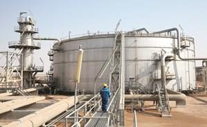 7 آلاف وظيفة للكويتيين في «النفط»